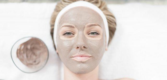 طرز تهیه ۹ مدل ماسک صورت برای پوست چرب