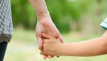 کرم رتینول:مراقبت از پوست دست با نکاتی که دستان شما را زیباتر جلوه میدهد