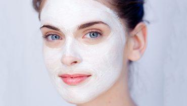 طرز تهیه ۸ نوع ماسک ضد جوش خانگی که پوستتان را جلا میبخشد